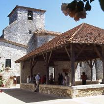 Visit Pujols or Penne d'Agenais,  hilltop villages with, castle, museum, cave, beautiful church and cathedral